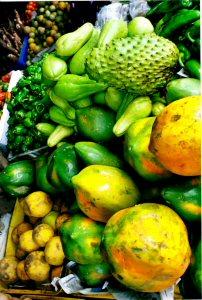 resize_Panama_fruit_cu.jpg